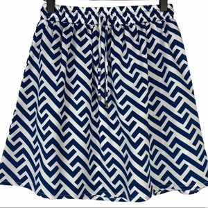 Beachy skirt, pattered navy and white, elastic SM